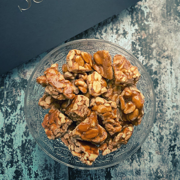 Roasted peanuts encrusted in caramel brittle